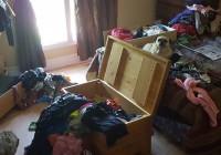 стари дрехи и мебели